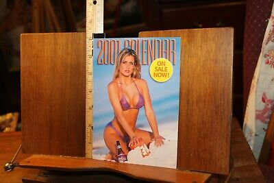 Hooters 2001 Calendar Promo Photo- Table Display from Restaurants 5x7