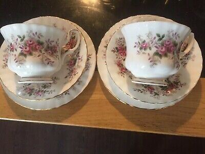 2 royal albert tea cup and saucer Lavender Rose