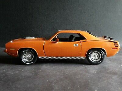 ERTL AMERICAN MUSCLE 1970 Plymouth Hemi Cuda 1:18 Red With