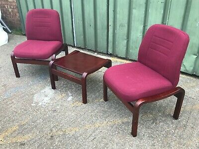 Quality Wallis 3pc bentwood padded office reception suite inc 2x chairs & table