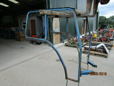 Ford 4000 Ford Cab Frame Square Wing Type