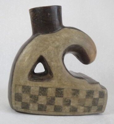 Rare Pre-Columbian Pottery Nazca vessel - Executive Estate