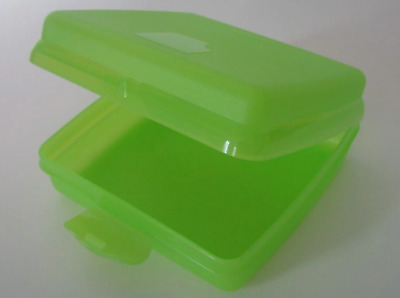 Tupperware Brand Sandwich Keeper Hinged Seal Crayons Crafts Lime Green Rare New!