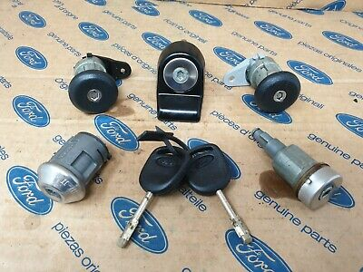 FORD FIESTA MK3  LOCK SET  Plus 2 keys  GENUINE FORD NOT COPIES . 89/93