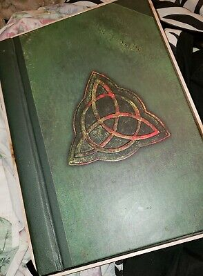 Charmed - The Complete Series (DVD, 2008, Multi-Disc Set Collectible Packaging)