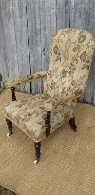 Antique French Armchair in very Good Condition.