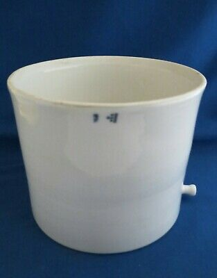 Coors Table-type Buchner Funnel with Side Outlet for Vacuum
