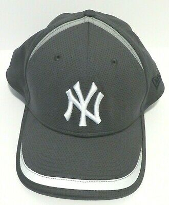 new style e2f7a 161b3 New Era 39Thirty NY New York Yankees Adult Size M-L Dark Gray MLB Fitted  Cap Hat