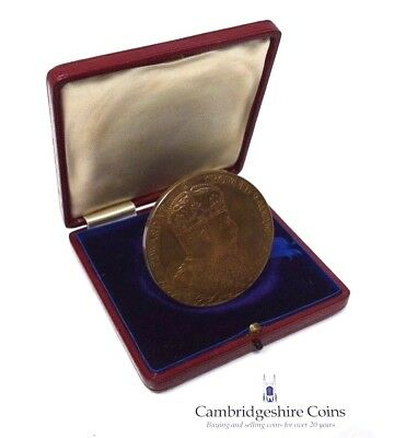 1902 Bronze Coronation Medal Edward VII And Alexandra Boxed AUCTION