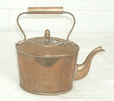 Fine Quality Antique English Brass Kettle In Good Condition