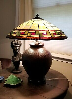 ARTS & CRAFTS MISSION STYLE LEADED GLASS TABLE LAMP not antique