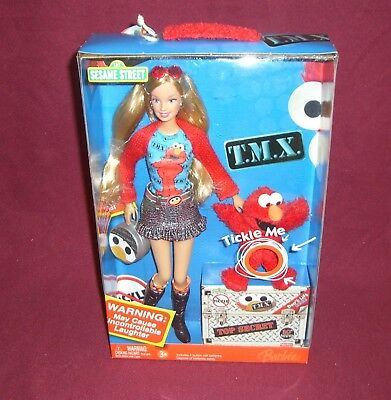 2006 BARBIE & Elmo Sesame Street Collector Edition NIB K5499