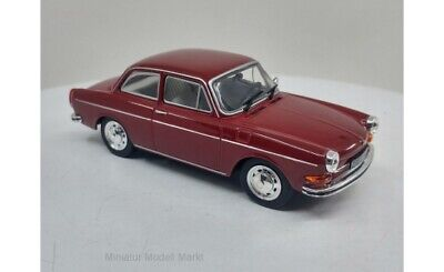 #274 - WhiteBox VW 1600 L - dunkelrot - 1970 - 1:43