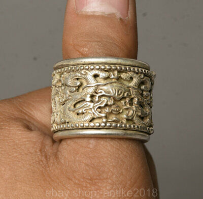3CM Chinese Old Miao Silver Handmade Dynasty Palace Dragon finger ring Statue
