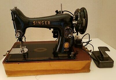 Vintage 1957 Singer Sewing Machine With Carry Case - Model 99