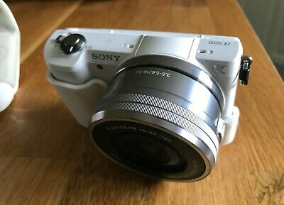 Sony A5000 20.1mp 3 Inch 1080p WiFi 16-50mm Lens Compact Camera - White RRP£400