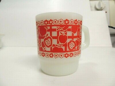 Vtg Anchor Hocking Fire King Milk Glass Red Apples & Floral Coffee Mug Cup Retro