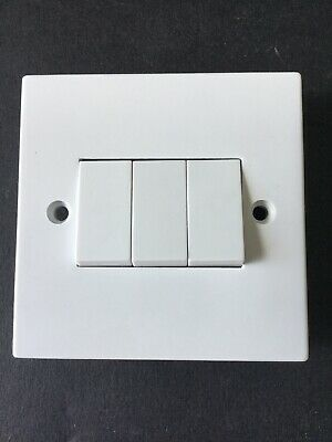 Selectric Square LG203 10A 3 Gang 2 Way Light Switch