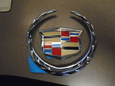 OEM Crest /& Wreath Grille Emblem Kit Chrome for Cadillac CTS CTS-V New