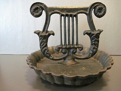 VINTAGE CAST IRON BOOT SCRAPER w/oval scalloped mud pan-original condition