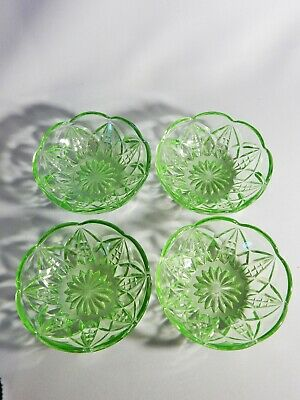 Lovely Antique Art Deco Set of Four Green Depression Glass Small Bowl Dish Plate