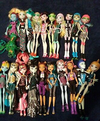 Monster High Lot Of 20 Dolls All In Beautiful Condition