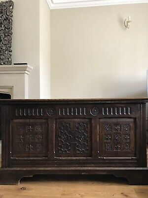 Antique vintage Dark Oak Chest/trunk/blanket box panelled and carved in wood