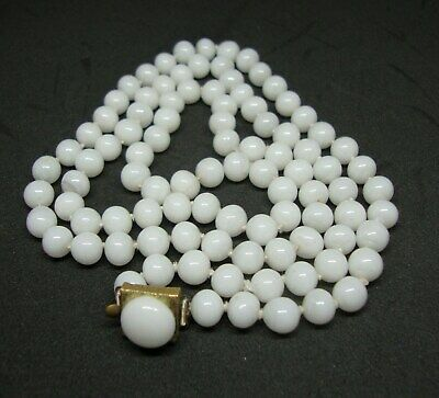 Vintage Peking White Jade Glass Necklace