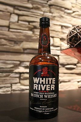 WHITE RIVER 5 YEARS OLD WHISKY   1960/1970s     Rarität