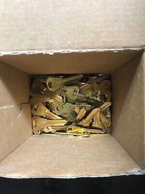 Lot Of 60 WR3 WEISER KEY BLANK / KEY BLANKS / FREE SHIPPING Brass