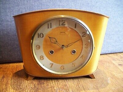 Vintage Smiths Mantel Clock with Curved Body (Floating Balance Mechanism & Key)