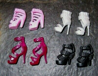 BARBIE DOLL SHOES k45 - 4 PAIRS of ASSORTED MODERN SANDALS