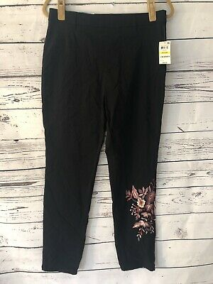NWT Style & Co Mid Rise Skinny Leg Black Pants Sz M Floral Embroidery Comfort Wa