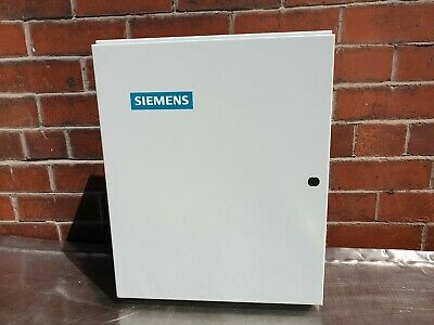 Siemens Stratum 6 Way 3 Phase TPN Distribution Board