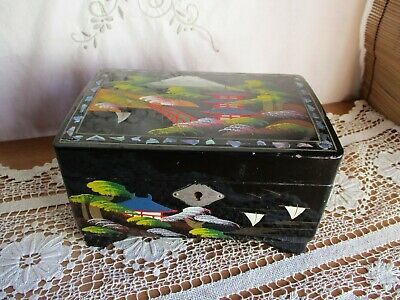 Vintage Japan Black Lacquered Musical Jewellery Box – Mt Fuji