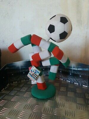 Official Fifa World cup 1990 Ciao football Mascot Mascotte Maskottchen with tags