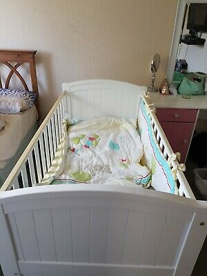 White Wooden Baby Cot Bed Nursery Bed Converts to Toddler Bed Mattress included