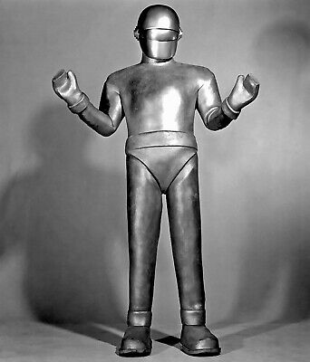 1951's THE DAY THE EARTH STOOD STILL robot Gort head to toe b/w 8x10 portrait