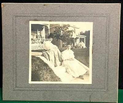 Original Antique Cabinet Card - 2 Girls Sitting On Steps Wearing Top Hats