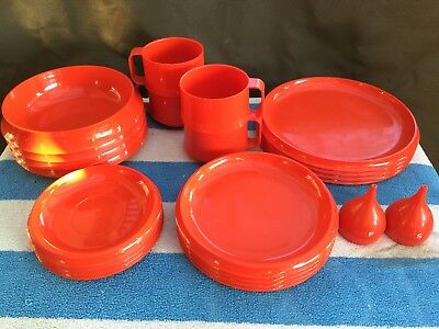 22 pc Guzzini Retro Red Plastic Picnic Dinner Set Plates Bowls Cups Salt Pepper