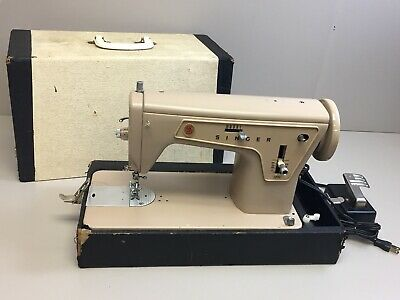 Singer 177C Heavy Duty Zig Zag Sewing Machine with Case & Foot Pedal 621B
