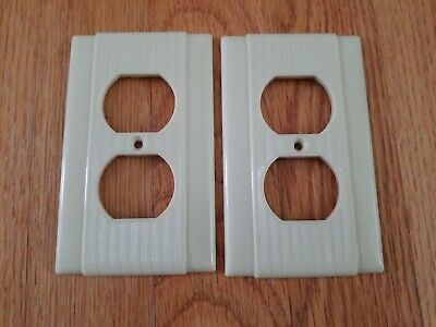 VTG 2 P&S Uniline BAKELITE OUTLET PLATE COVERS Ribbed IVORY No Screws