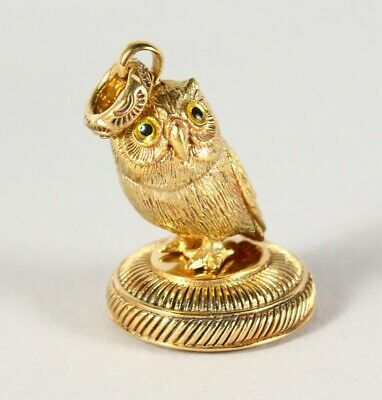 Good Detailed Seated Owl Seal