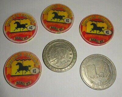 Vintage (4) $5 chip from Circus Circus Casino (1997) Reno (2) $1 chip LOT