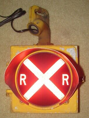 "8"" RAILROAD CROSSING Traffic Signal Light RED Lens cap visor and Hanger"