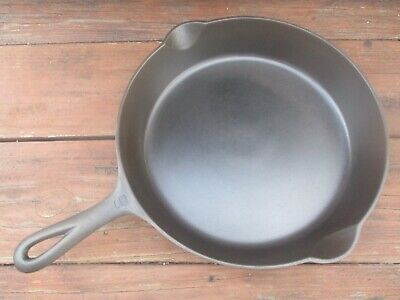 """""""Fully Restored!"""" Griswold #9 Lg Block / E.p.u. Smooth Bottom Cast Iron Skillet"""