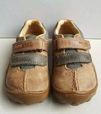 ce25df708f4db CLARKS Boys Brown leather Rip Tape Strap First Shoes Uk Infant Size 4F  (Euro 20