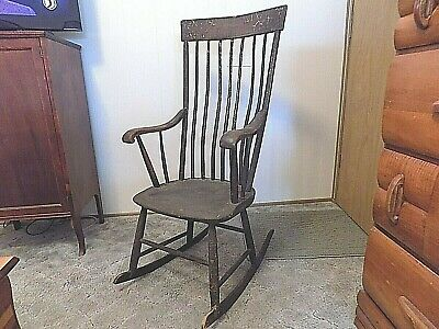 Antique Pre 1850 New England Type Bow Back Windsor Rocking Chair W/Orig. Finish