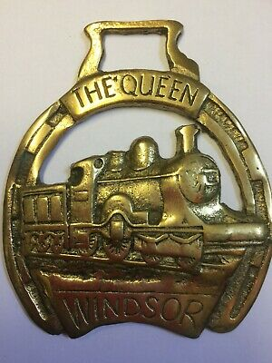 Horse Brass The Queen / Windsor / Train Vintage Collectable Very Rare HB12
