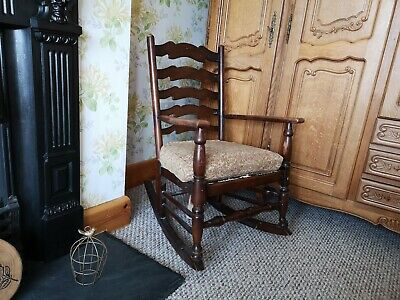 Solid oak antique rocking chair country kitchen style rare vintage nice patina